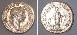 Denarius (Sev. Alexander),  Rv: Providentia stdg.