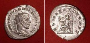 Antoninian (Philippus I.),  Rv: Roma seatingAv: drap. bust r., rad. head,